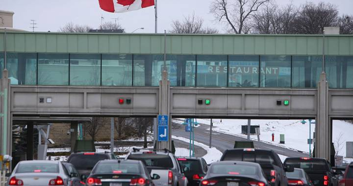 Toronto-area woman tried to smuggle failed refugee claimant across border in trunk of car: documents