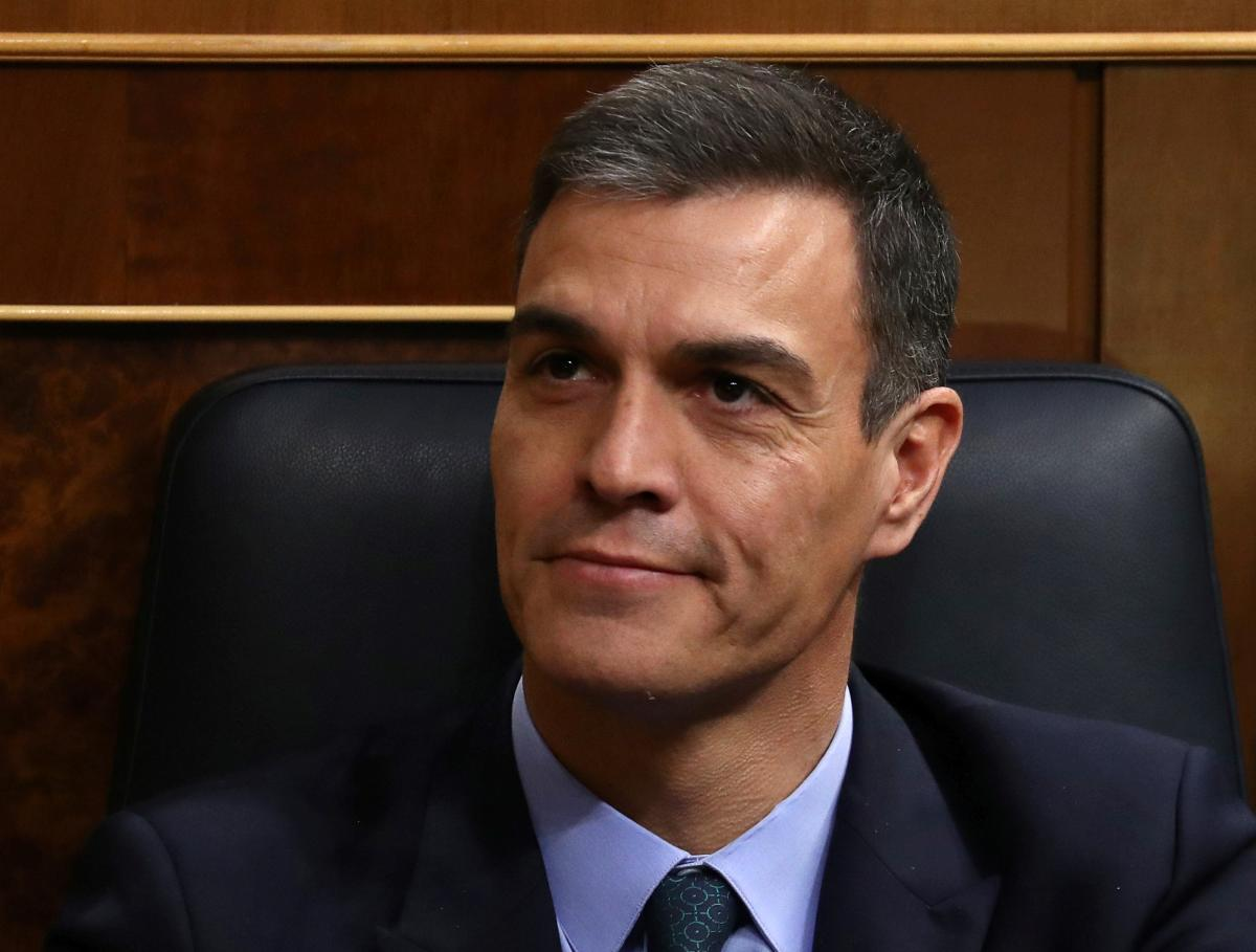 Spain's government loses budget vote, bringing snap election closer
