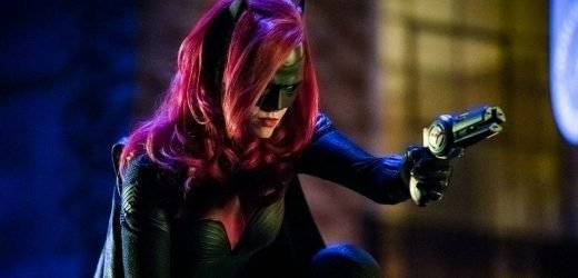 Arrowverse: Could new series Batwoman be a replacement for Arrow?