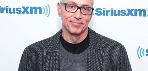 Dr. Drew Pinksy Says Celebs Aren't Able to Easily Cut Off Social Media