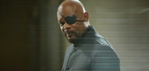 Samuel L. Jackson Defends Nick Fury's Choice Not to Call Captain Marvel Until After 'Infinity War'