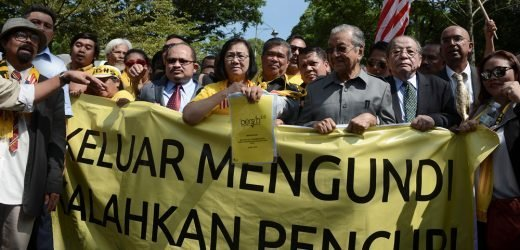 Protests after Malaysia lawmakers vote to redraw electoral map