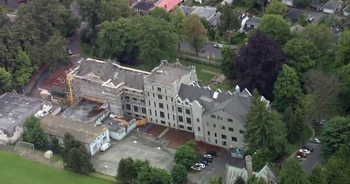 Elite Vancouver private school launches investigation over college test scam allegations