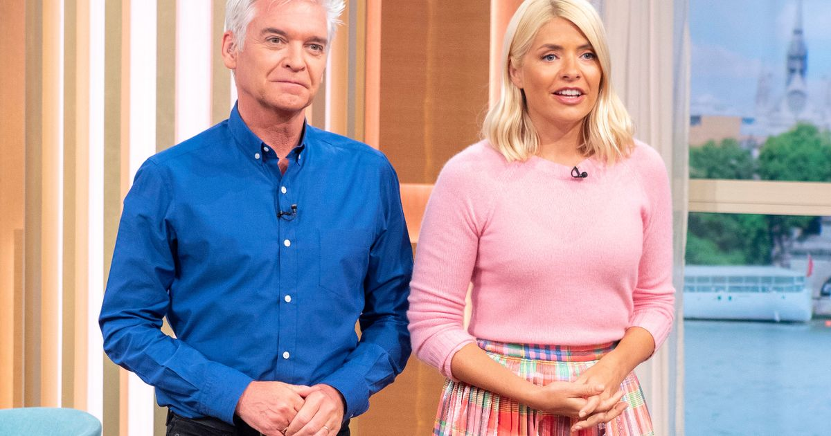 This Morning viewers bemused by Holly Willoughby's 'new appearance'