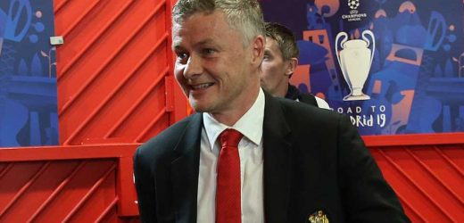 Solskjaer song lyrics: What are 'Ole's at the Wheel' words for Man Utd fans' chant?