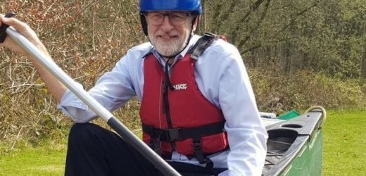 Jeremy Corbyn going nowhere fast (just like Brexit talks) as he paddles on dry land