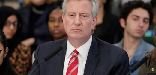 Billionaire joins push to stop de Blasio's high school admissions test plan