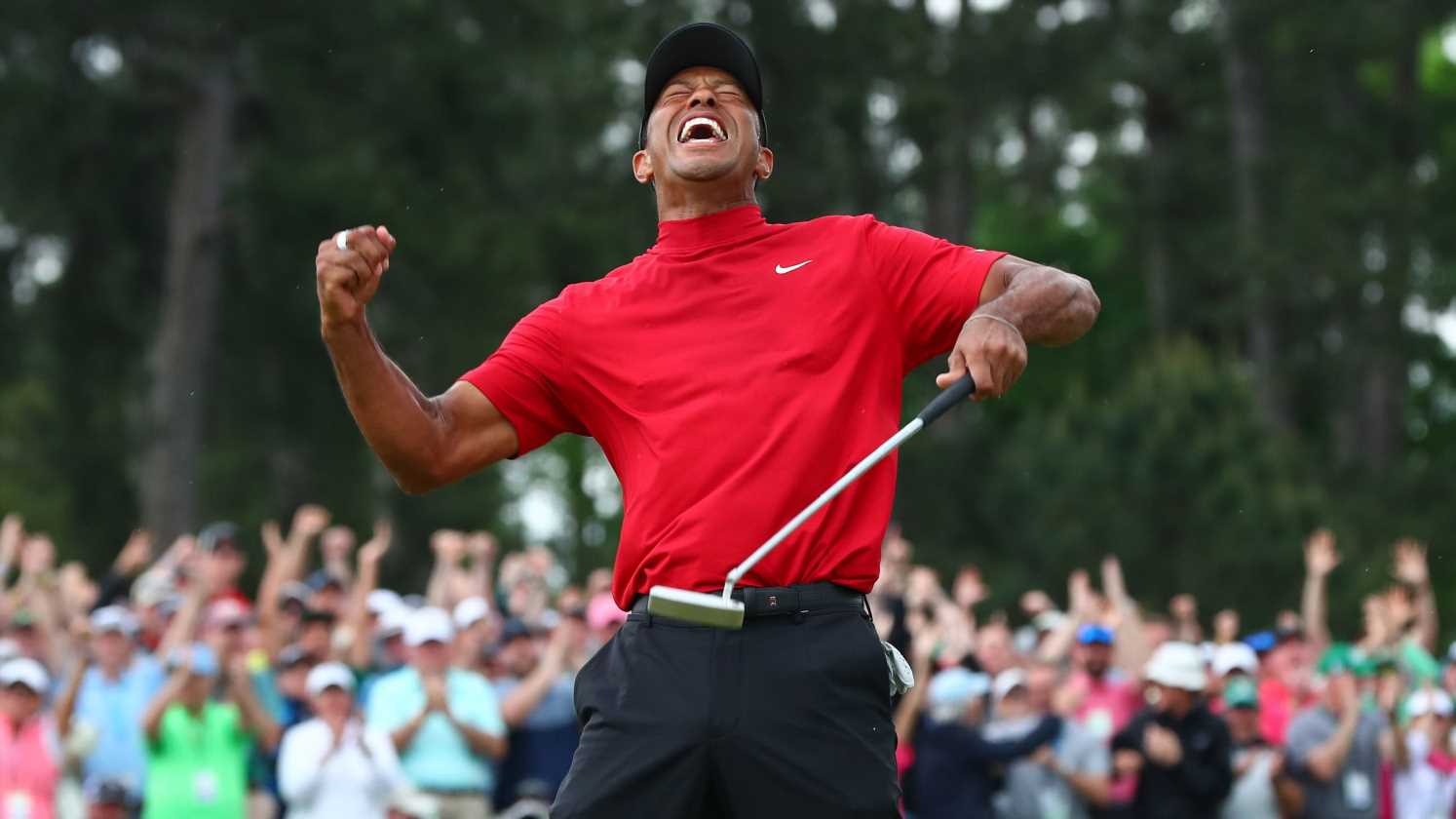 The real truth behind the viral video of Tiger Woods watching doubters roast him