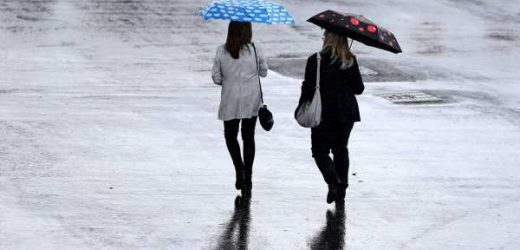 Britain braces for wet weather washout as rain and thundery showers hit