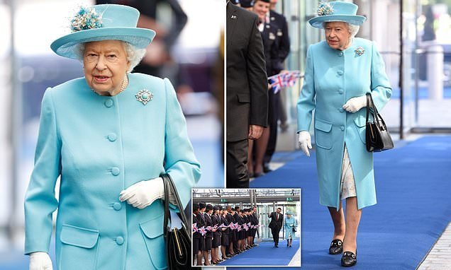 Queen arrives at Heathrow to mark British Airways' 100th anniversary