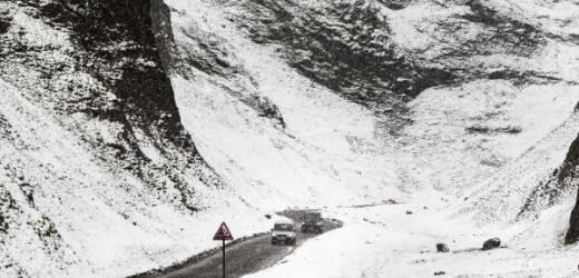 Snow and sleet to hit Britain in -3C bank holiday weekend Arctic blast