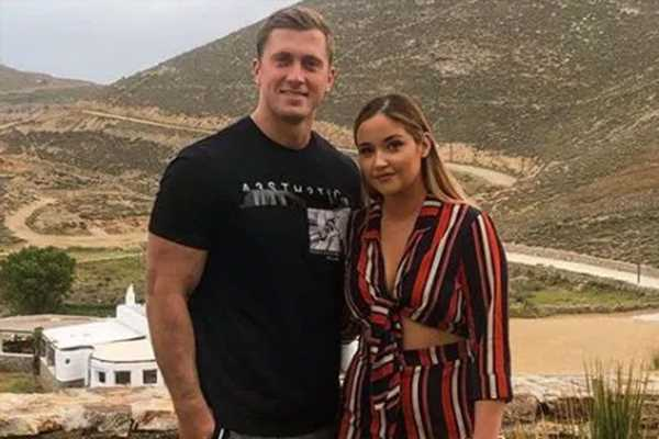 Jacqueline Jossa likes a post saying 'there's never an excuse to cheat' after husband Dan Osborne's kiss with Alexandra Cane