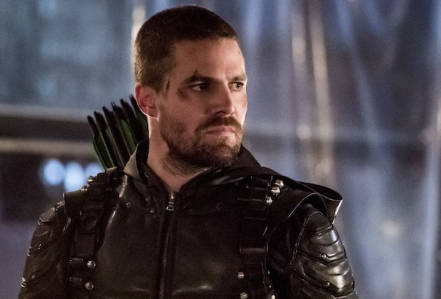 Arrow Final Season Teaser: Multiverse Is at Stake in Oliver's Toughest Battle
