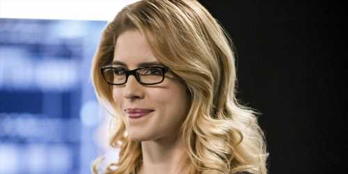 Emily Bett Rickards' Final Scenes As Felicity Smoak Make The 'Arrow' Showrunner Cry