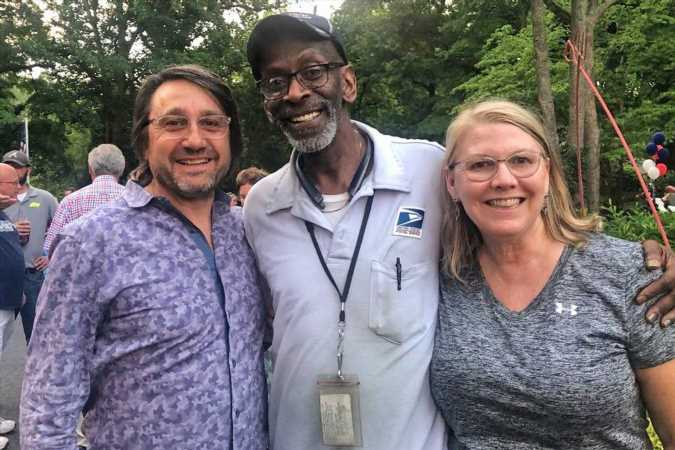 More Than 300 Neighbors Throw Retirement Block Party for Beloved Mailman of 34 Years — and Raise Money for His Dream Vacation