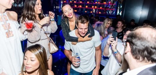 Rob Gronkowski Keeps Himself Fit After Retirement by Squatting His Sports Illustrated Girlfriend