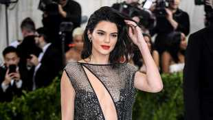 Gigi Hadid, Kendall Jenner & More Supermodels Who Have Slayed On The Met Gala Red Carpet