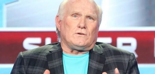 Terry Bradshaw Apologizes for Racist 'Masked Singer' Comments During Fox Upfront