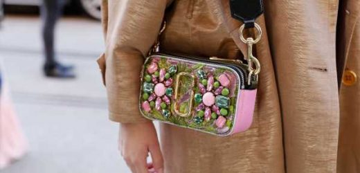 In a Purse Rut? This Marc Jacobs Crossbody With a Pop of Color Is on Sale