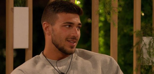 Love Island's Tommy Fury 'used gay slurs to bash another boxer on Twitter'