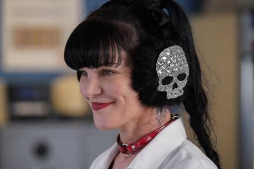 "Pauley Perrette Says She's ""Terrified"" Of 'NCIS' Star Mark Harmon, Reviving Assault Claim"