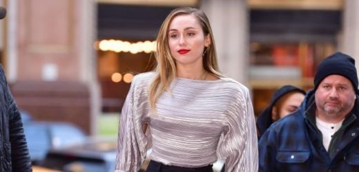 """Miley Cyrus Responds to Being """"Grabbed Without Consent"""" with a Powerful Statement"""