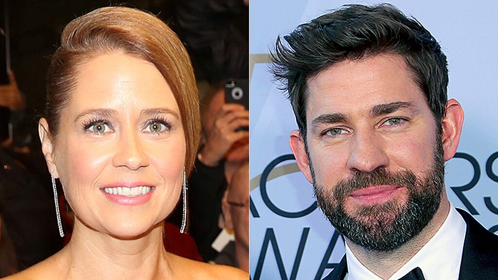 Jenna Fischer taunts John Krasinski with St. Louis Blues 'Gloria' cake after Stanley Cup Final win
