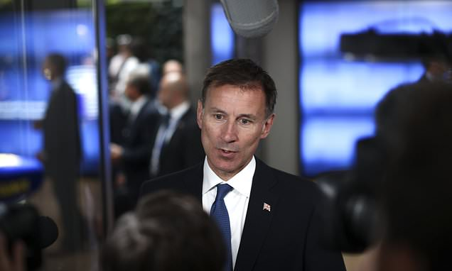 Jeremy Hunt says Iran nuclear deal 'isn't dead yet'