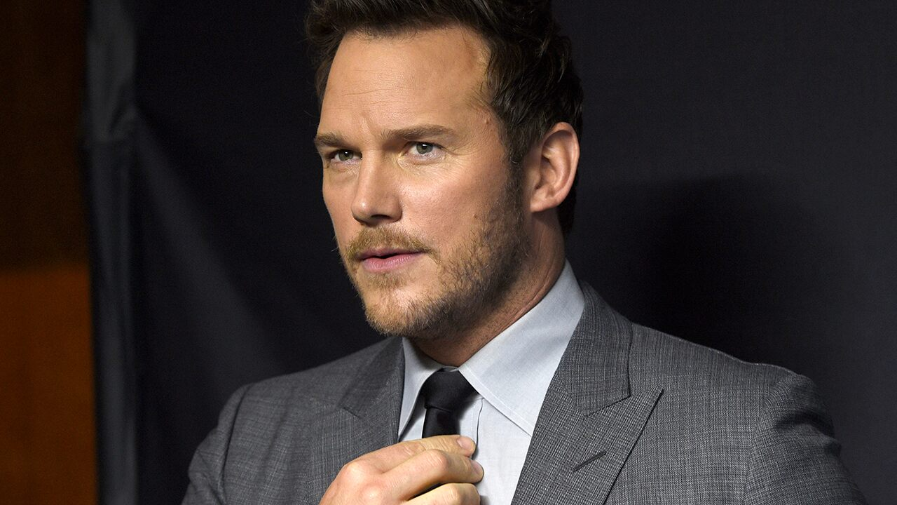 Chris Pratt is a country music star after surprise performance in Nashville