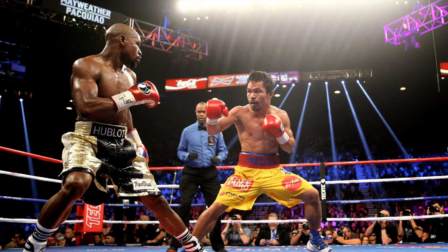 Floyd Mayweather Jr., Manny Pacquiao spar on social media, stirring up rematch hype