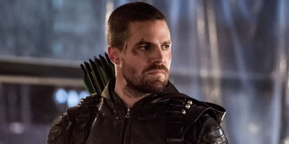 'Arrow' Showrunner Talks Oliver's Season Arc Ahead of Final Season