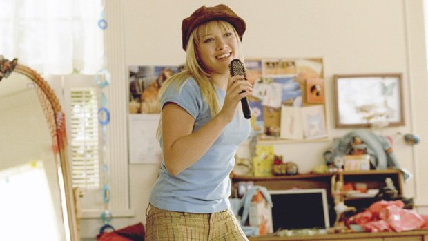 'Lizzie McGuire' Reboot Series Starring Hilary Duff In The Works At Disney+ & Fans Are Freaking