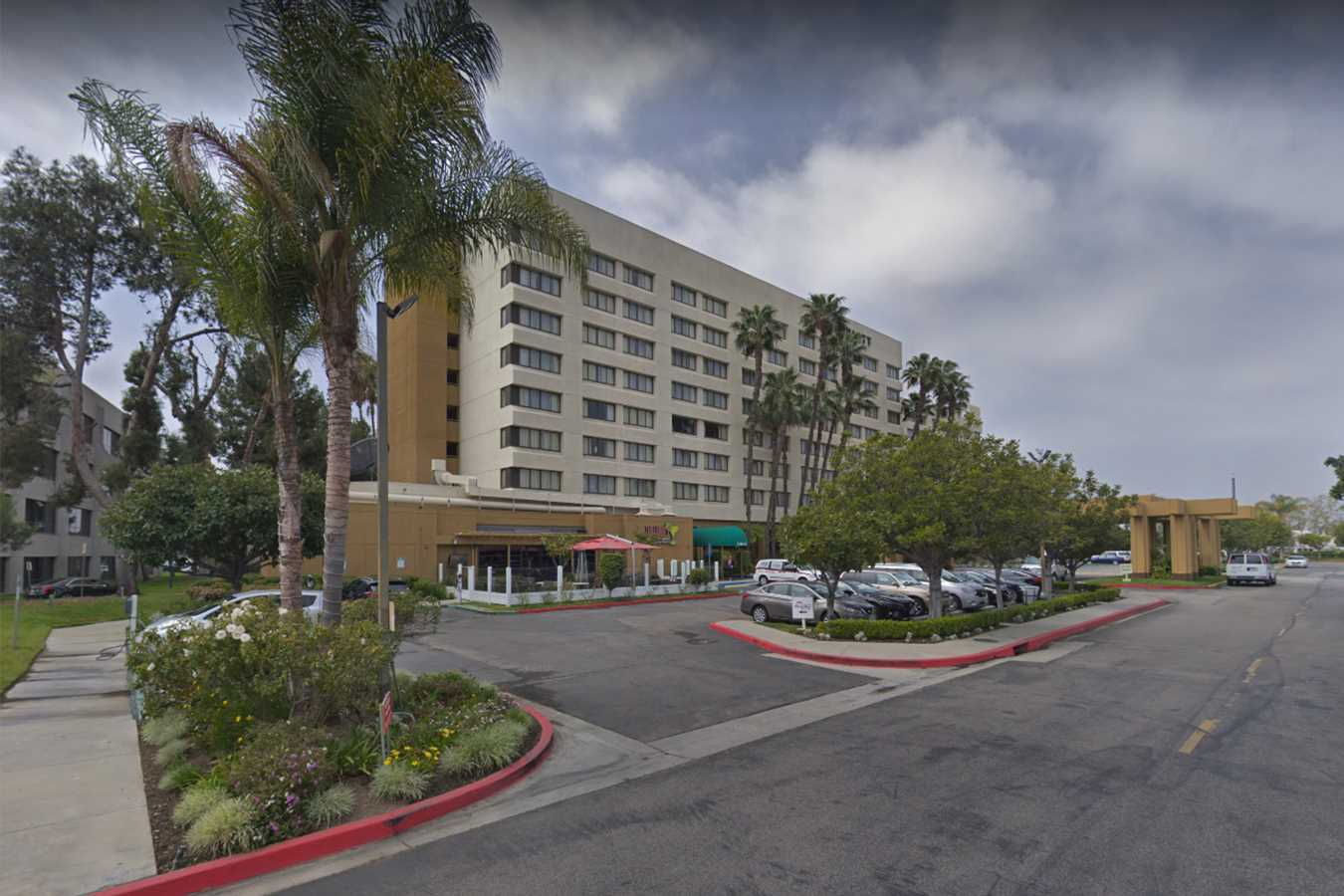 Cook at California Hotel Stockpiled Guns, Was Allegedly Planning Mass Shooting: Police