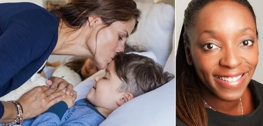 Expert reveals what parents can do to help children sleep at night