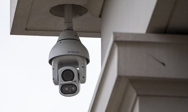 Police DID share images for facial recognition cameras to use
