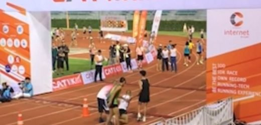 Athlete sacrifices finish to carry collapsed runner over finish line