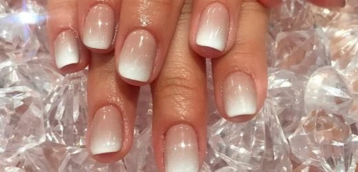 This Hack Makes a French Manicure Look Incredible on Short Nails