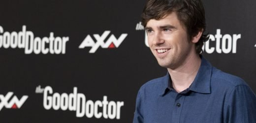 Freddie Highmore finds American dating confusing compared to dating in England