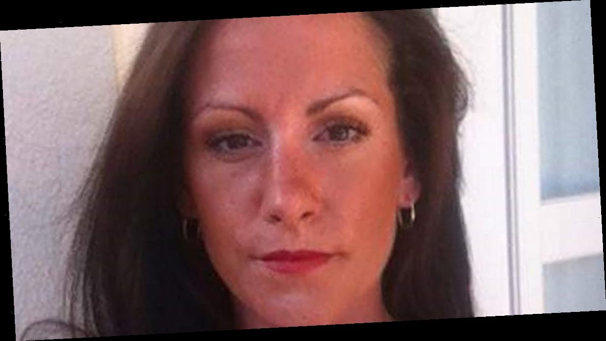 Body of mum who died smoking heroin found under bed after friend 'panicked'
