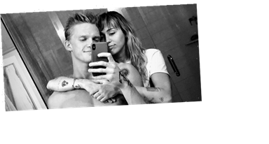 Miley Cyrus and Cody Simpson Got Tattoos Together