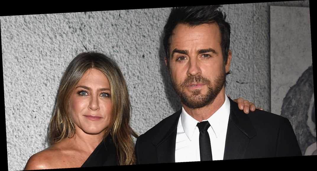 Jennifer Aniston Texted Justin Theroux to Ask Why He Wasn't Following Her on Instagram