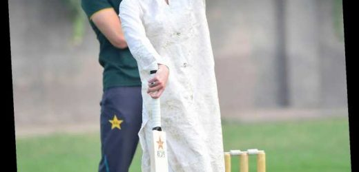 Bowled Over! See Kate Middleton and Prince William Play Cricket with Kids in Pakistan