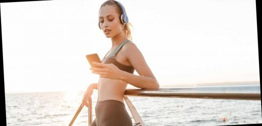 Could Your Phone Be Preventing Weight Loss? Here's How It Could Help