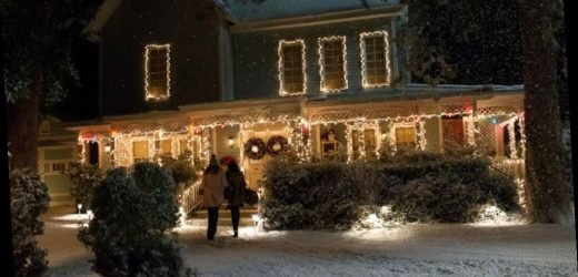 The Gilmore Girls 'house' is ready for visitors this holiday season