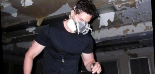 Why does Zak Bagans from Ghost Adventures wear a mask?