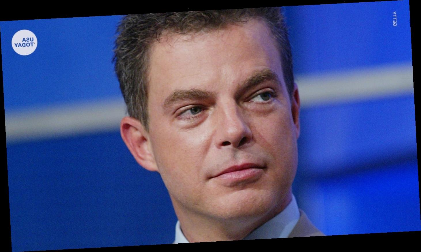 Shepard Smith decries 'press vilification' in first speech since leaving Fox News