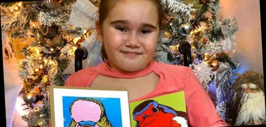 Girl with one leg delivers 1,000 Christmas cards to make sure 'nobody is lonely'