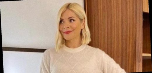 Holly Willoughby flashes bra on This Morning as jumper turns see-through