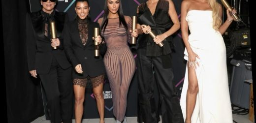 The Kardashians' Thanksgiving Posts Reveal They Split Up For Turkey Day