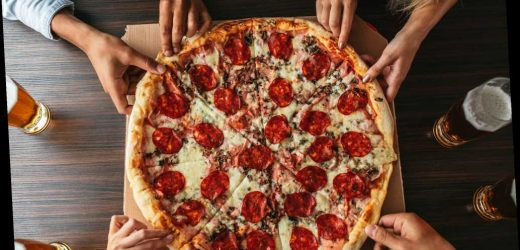 Indiana pizza shop gives workers 100 percent Christmas day profits